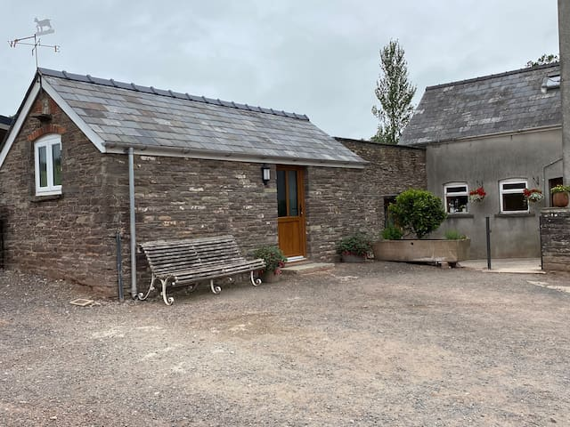 Farm stay, in beautiful rural Monmouthshire
