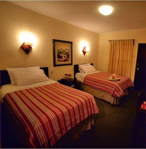 HOTEL CAJAMARCA - Cajamarca - Wikt i opierunek