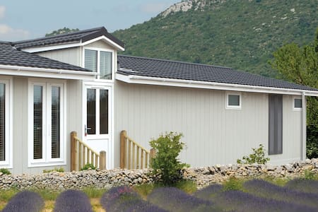 3 Bedroom Deluxe Lodge at Woodlands Park - Chatka w górach