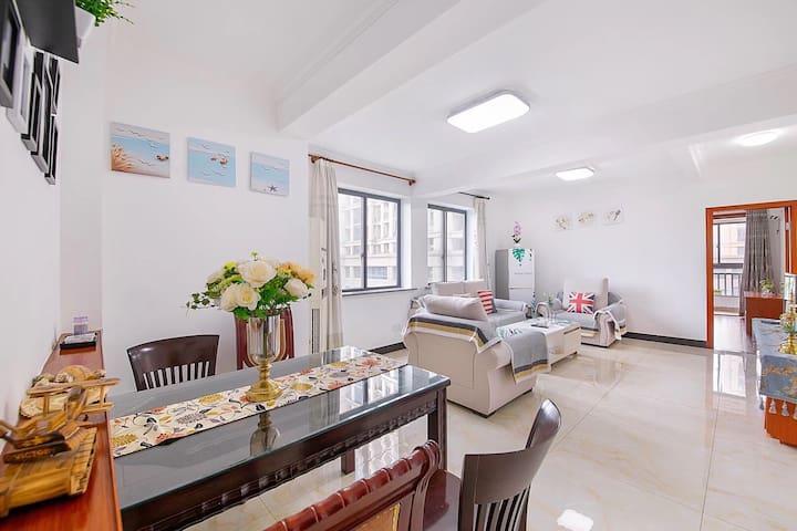 杭州桐庐工商大学对面的欧式风情屋