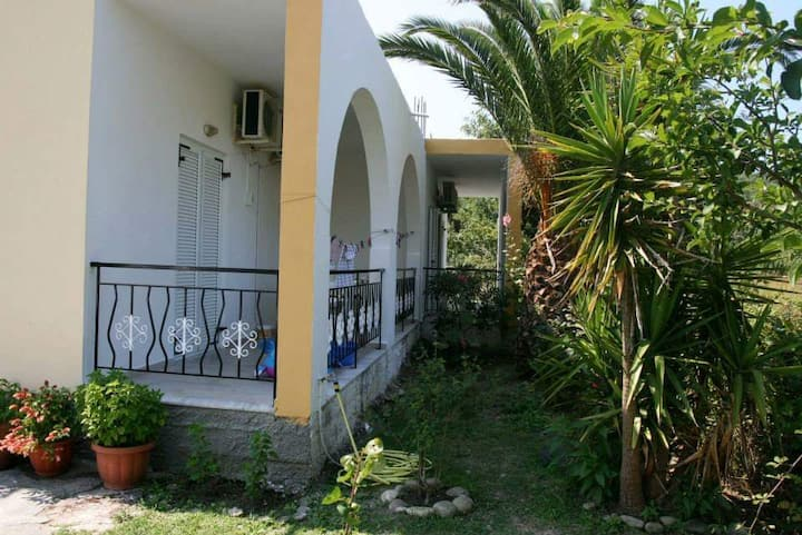 Corfu Hideout Beach close, Free Parking-Wifi-AC(2)