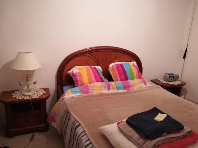Belle Chambre cosy à proximite d'orly.