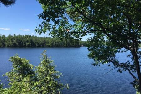 Hillside Cottage - Upper Stony Lake - Lakefield
