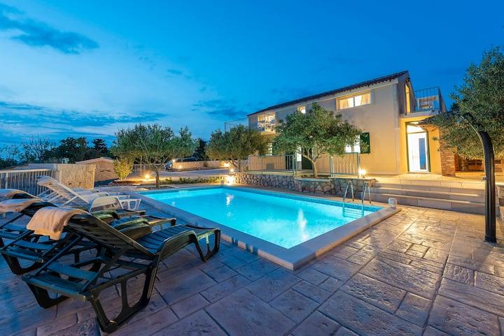 Villa Bevanda, sea view villa with a private pool