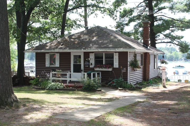 Clearwaters Cottage