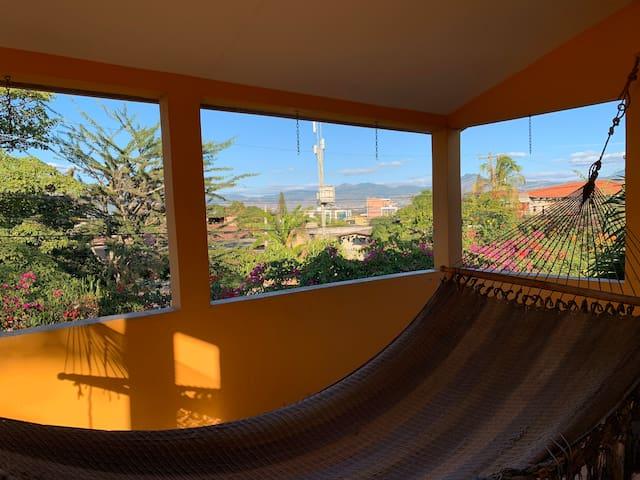 Dos Habitaciones - Casa Hermosa - Terraza Privada