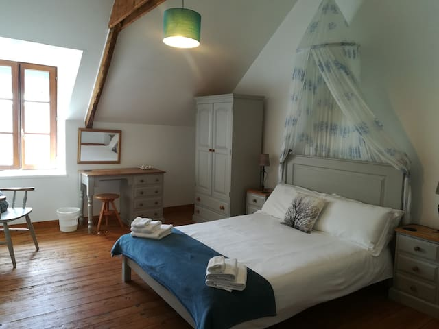 Master bedroom - 1st floor