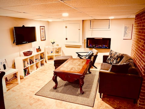 Clean, Quiet and Safe w/ Amenities to spare!