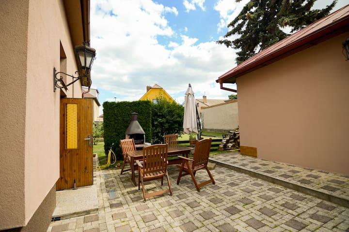 House with garden in Prague