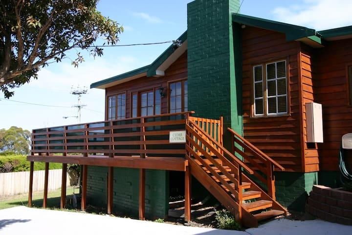 Cedar Cottages Blackmans Bay - Cedar Cottage