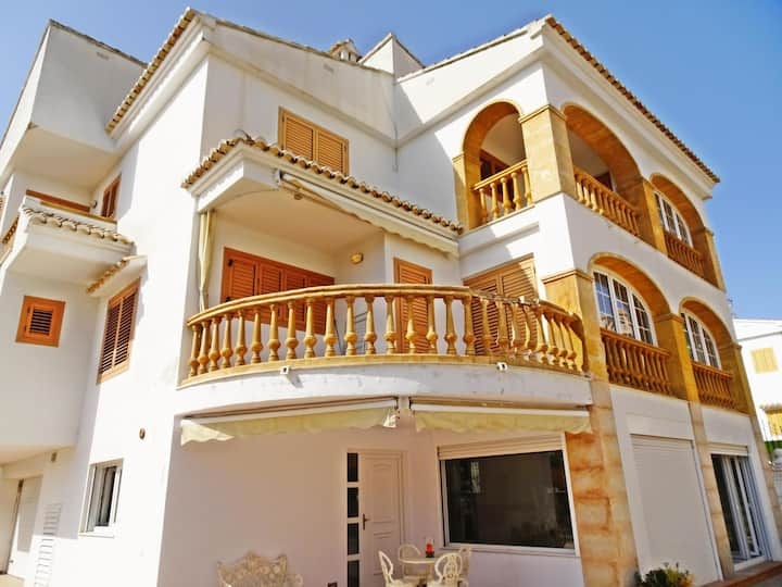 LOS ARCOS Chalet  - ( Only families )