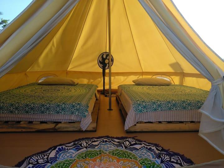 Glamping con 2 camas desayuno y traslado incluido
