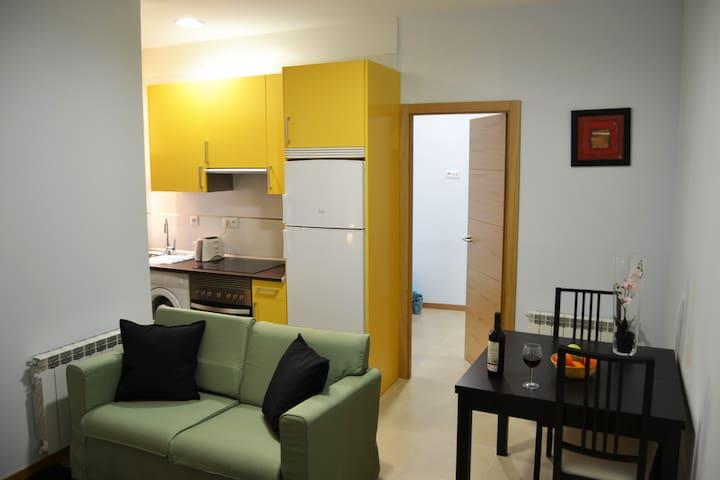 Apartamento Moderno y luminoso en Argüelles.