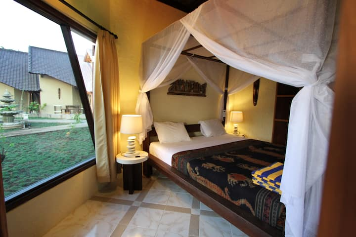 Hotel Uyah Amed - Family Villa with AC (4 Persons)