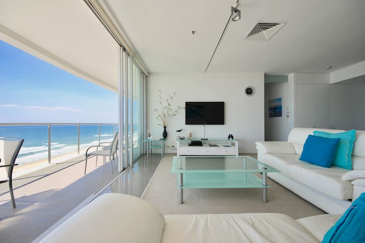 Beachfront Air on Broadbeach, Amazing Views