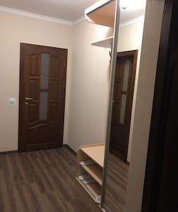 Новая 1-комн квартира в Ужгороде - Ужгород  - Lejlighed