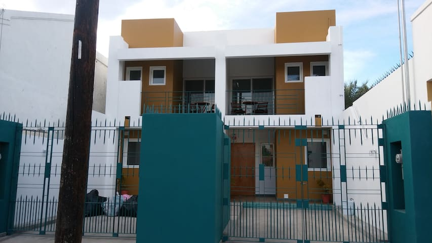 Departamentos Las Castro (La Chiquis)