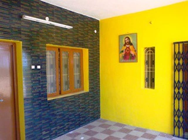 Furnished Flats available for Rent near CMCH, Vlr