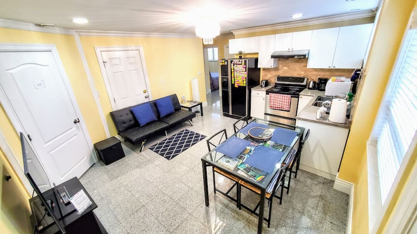 2 Bedroom Private Suite, Spacious and Clean.