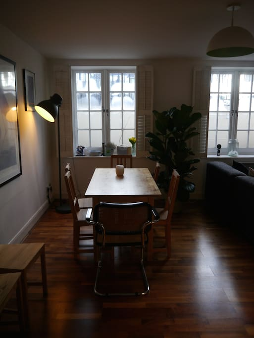6-person dining table