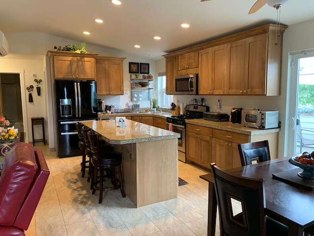 New, Quiet Comfortable Home with Lots of Extras