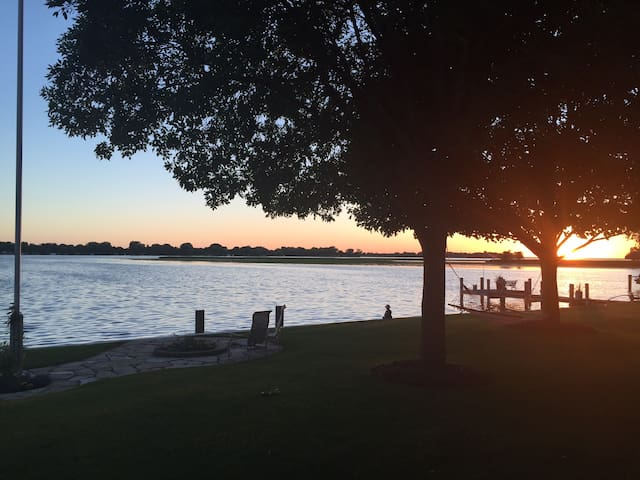 Sunsets on Lake Winneconne - Winneconne - Casa