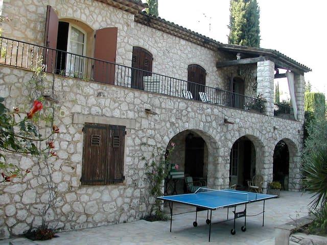 2 bedrooms for friends or family - Mandelieu-La Napoule - Casa