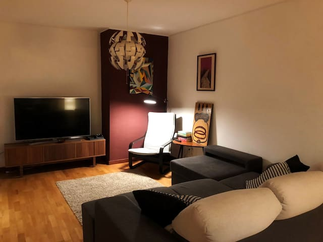 Modern apartment next to CUF Hospital and beaches