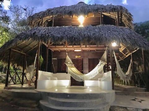 Acogedora cabaña a 5 km de entrada Parque Tayrona.