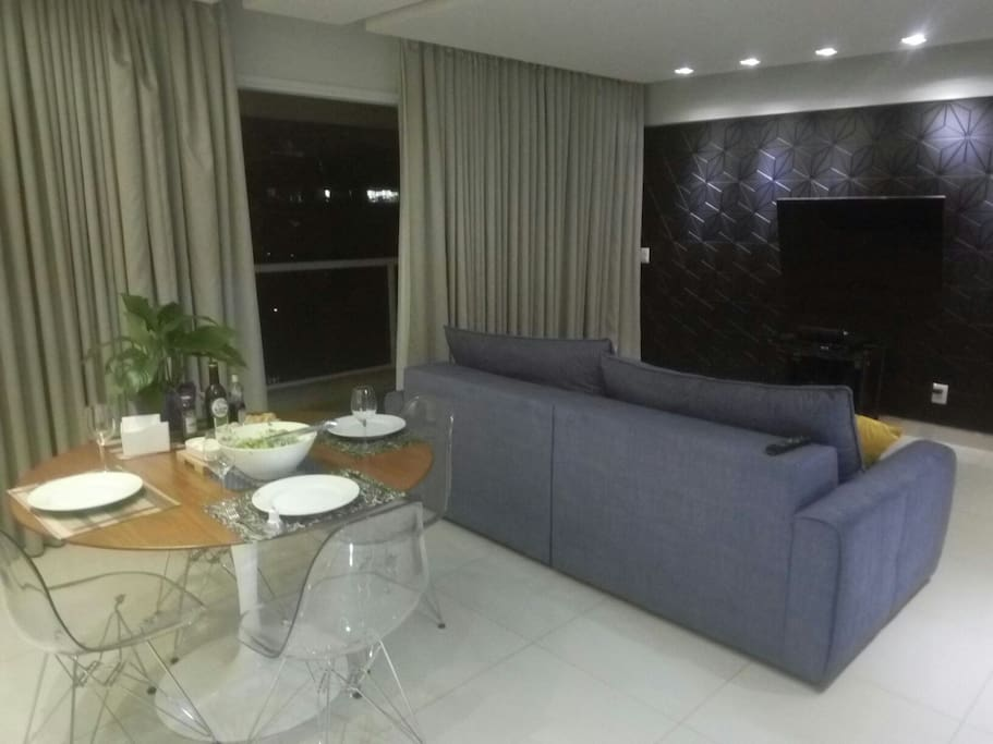 Sala de estar com 2 ambientes