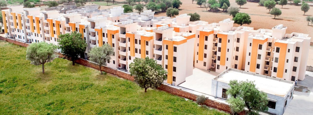 BOOK YOUR PRIVATE SPACE WITH US  1 BHK FLAT