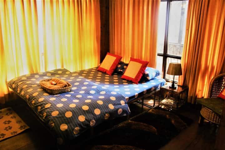 Everest Room # 3 Kupondole Height