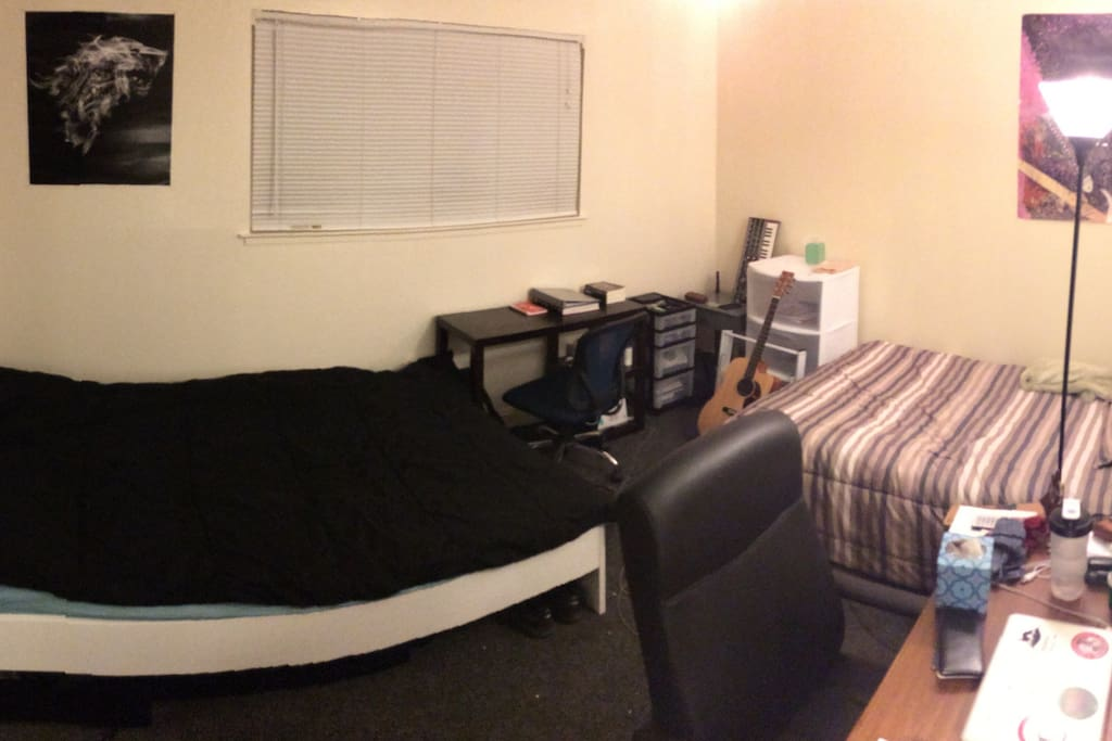 2 full beds in 2nd bedroom