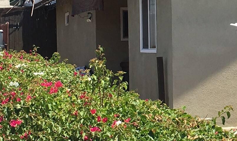 Cozy and quiet family friendly home - Altadena