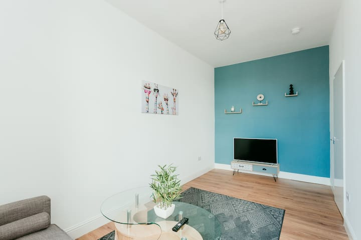 Cozy Apartment in a heart of Bellshill