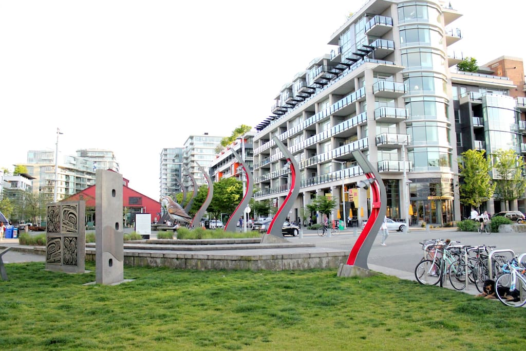 new listing 1br in olympic village free parking. Black Bedroom Furniture Sets. Home Design Ideas