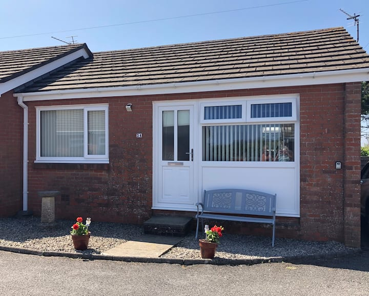 Mumbles Bungalow Holiday Let South 2