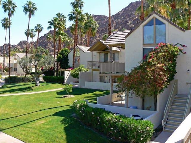 Indian Wells Studio Condo for Coachella Weekend 2! - Indian Wells - Apto. en complejo residencial