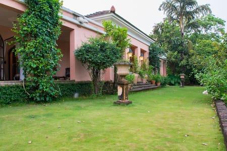 Beautiful bungalow in Goa - Tiswadi - Rumah