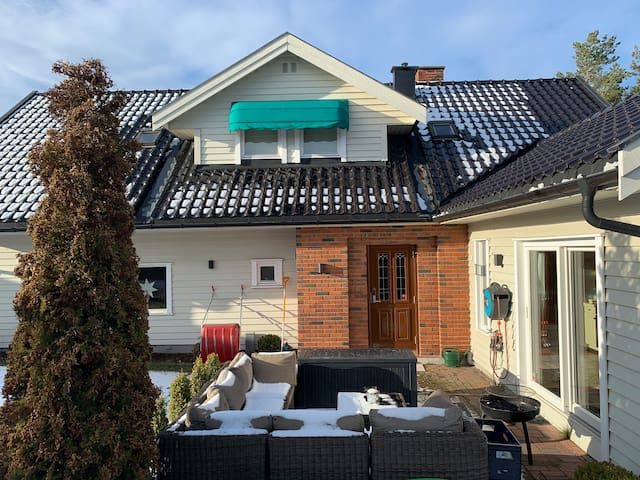 House 10 minutes from Gardermoen Airport.