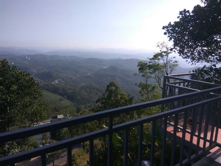 Tea Plantation & Valley View Room