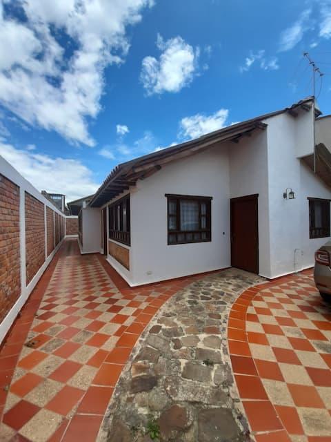 Casa entera, Sachica - Villa de Leyva, Boyaca