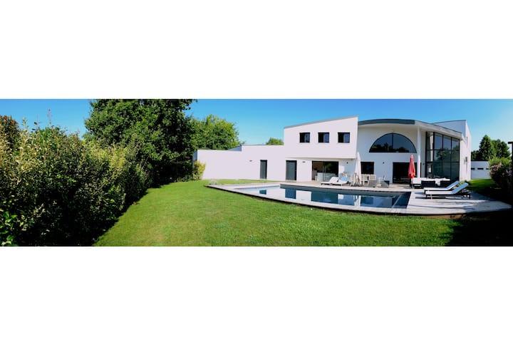 Exceptionnelle Villa d'Architecte- Villa Wondernos