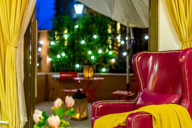 客厅,沙发,庭院,华灯初上...