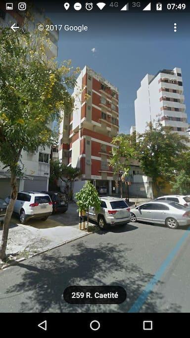 Rua Caetité, sem saída, com segurança