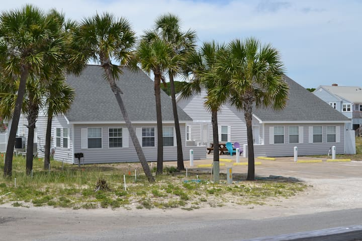 BEACH BUM COTTAGES - Saint George Island - Apartemen