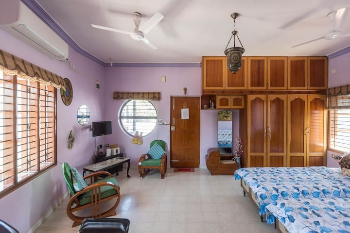 Studio Flat on Terrace with Jacuzzi - Bengaluru - Apartment