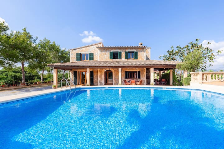 With pool and sea view - Villa Hort des Xilindro