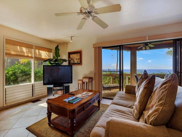 High Upgrades+Super View! Tile Floor, WiFi, TV, Washer/Dryer, Kitchen Ease Kanaloa 2901