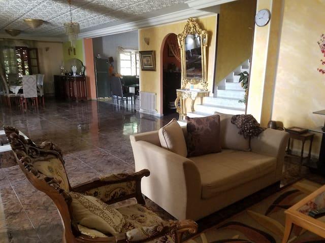 Magnifique villa kef